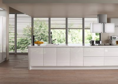 modern-contemporary-strada-gloss-white-kitchen-hero